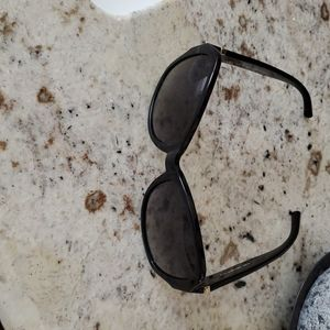Tory Burch sunglasses excellent conditions
